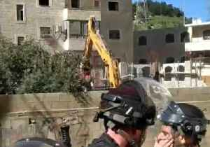 School Building in East Jerusalem Refugee Camp Demolished Following Objections by Israeli Authorities [Video]