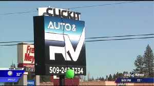 Thieves steal $50K in cars, equipment from Spokane auto lot [Video]
