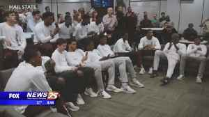 Mississippi State dancing for first time in 10 years [Video]