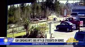 Bus crash injures students [Video]