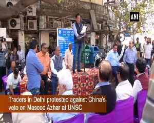 Traders in Delhi burn Chinese goods on Holika Dahan in protest [Video]