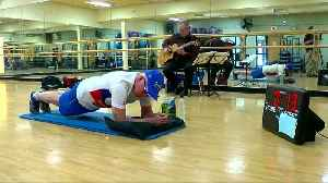 71-year-old Minnesota man planks for world record [Video]