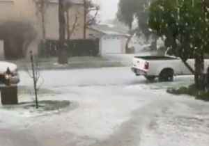 Long Beach Lashed by Hailstorm on First Day of Spring [Video]