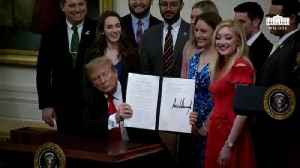 News video: Trump Signs Executive Order On Campus Free Speech