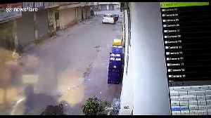 Got milk? Thieves do drive-by robbery of milk cart in India [Video]