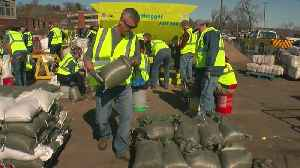 Crews Working Ahead To Stave St. Croix, Mississippi Flooding [Video]