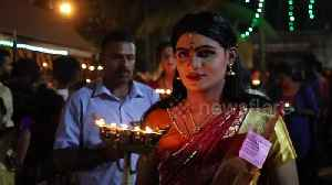 Men dress up as women for traditional ritual at annual Indian festival [Video]