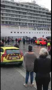 News video: Onlookers cheer as Viking Sky cruise ship is towed into Norwegian port of Molde