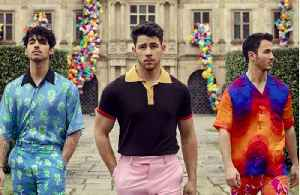 Jonas Brothers tease new song and music video? [Video]