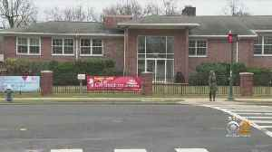 Parents Wage Class Size Battle In Summit [Video]