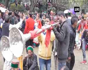 Locals celebrate Fag festival with full fervor at HPs Rampur [Video]