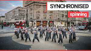 54 pizza chefs bring Oxford Street to a standstill with synchronised 'pizza flare' [Video]