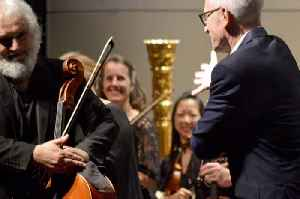 """Los Angeles Chamber Orchestra's """"Kahane on Mozart"""" [Video]"""