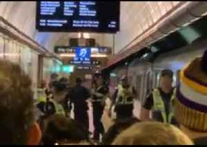 Passengers Evacuated Off Melbourne Train After Reports of Man With Gun [Video]