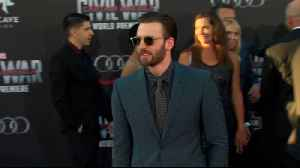 Chris Evans might have to 'cut ties' with sports hero Tom Brady over Trump [Video]