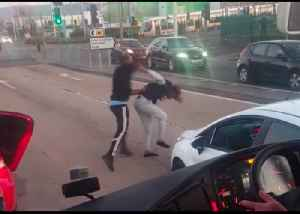 Road Rage as Motorists Brawl, Swerve Into Each Other on Dublin Road [Video]