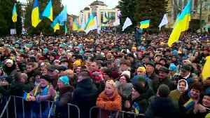 Comedian set to win round one of Ukraine election [Video]