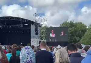 Ardern Says Racism and Extremism 'Not Welcome Here' in Christchurch Remembrance Address [Video]