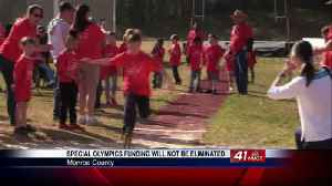 Special Olympics celebrated after President Trump reverses funding proposal [Video]