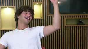Love Island's Eyal Booker shows off his lassoo technique [Video]