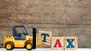 Why Child Tax Credits Are Better Than Deductions [Video]