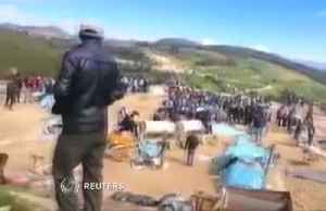 Eight miners suffocate in unauthorised Peruvian gold mine - local media [Video]