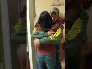 Mom on Phone Surprised by Marine Son's Homecoming [Video]