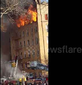 Firefighters battling out-of-control 5-alarm fire in Brooklyn building [Video]