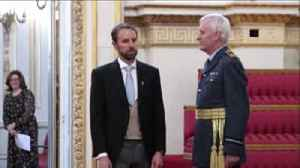 Southgate receives OBE from Prince Charles [Video]