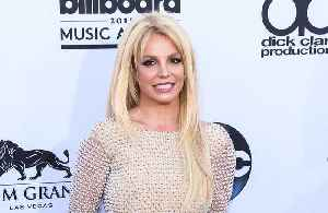 Britney Spears checks into mental health facility [Video]