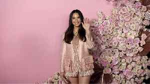 Olivia Munn 'Patrick Ta Beauty Collection Launch' Pink Carpet [Video]