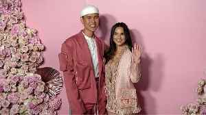 Patrick Ta and Olivia Munn 'Patrick Ta Beauty Collection Launch' Pink Carpet [Video]