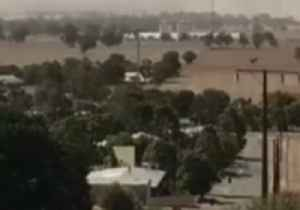 Road Closed, Power Cut as Dust Storm Hits South Australia [Video]