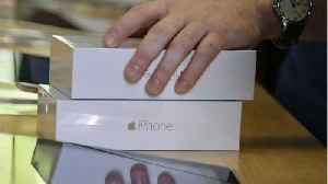 Two Students Charged With Cheating Apple Out of $900K [Video]