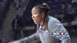 Ole Miss extends McPhee-McCuin's contract [Video]