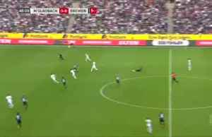 Gladbach draw with Werder, lose ground in Champions League race [Video]