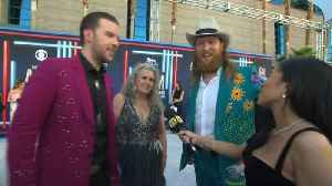 Brothers Osborne Brings Their Mom To The ACM Awards [Video]