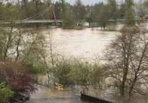 Williamette River Swells As Rain Soaks Eugene, Oregon [Video]