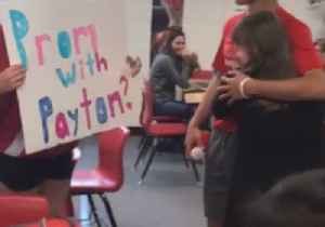 Ohio Junior High Schooler Stages Perfect Promposal [Video]