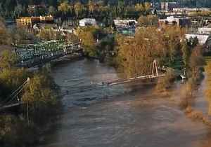 Aerial Footage Shows Flooding in Eugene After Torrential Rain [Video]