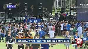 Fans making their way to Downtown Tampa to catch playoff hockey fever [Video]