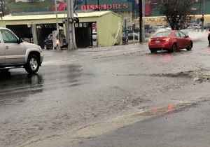 Heavy Rain Floods Roads in Pullman, Washington [Video]