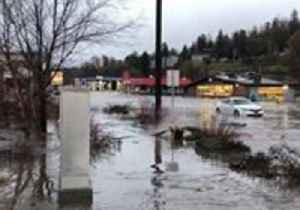 Pullman Roads Waterlogged After Heavy Rainfall [Video]