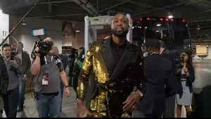 WEB EXTRA: Dwyane Wade Arrives At Barclays Center For Final NBA Game, Takes Photos With Heat Teammates [Video]