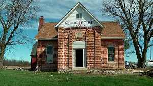 Indiana Schoolhouse That Opened in 1900 to be Converted into Caf [Video]