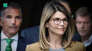 Lori Loughlin Thought Prosecutors Were 'Bluffing' About Jail Time [Video]