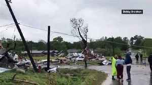 Deadly tornado rips apart town of Franklin in Texas [Video]