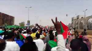 Sudan's military holds talks with protesters as curfew lifted [Video]