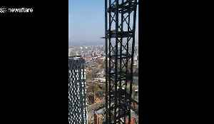 Anxiety-inducing scenes from the top of Manchester's newest skyscraper [Video]