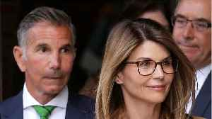 Actress Lori Loughlin Pleads Not Guilty In College Admissions Scandal [Video]